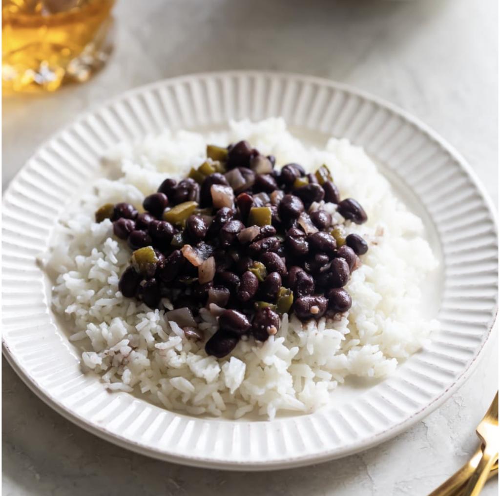 Cuban-inspired Super Bowl Menu: classic black beans