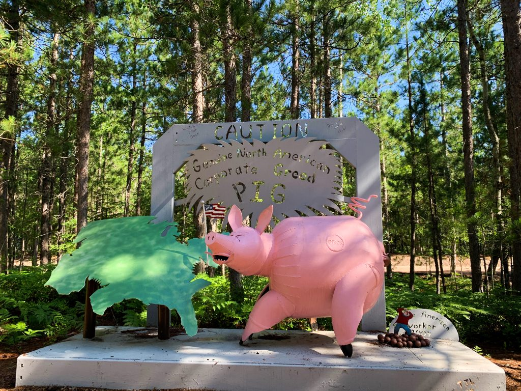 best places to visit in upper peninsula michigan: lakenenland sculpture park