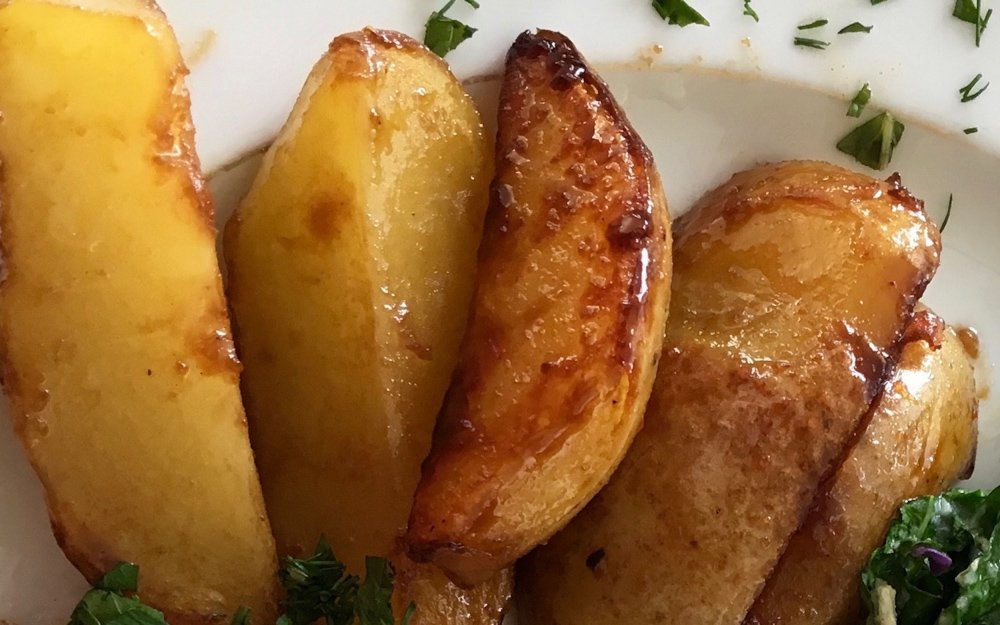 Carmelized potatoes are a Scandinavian specialty, and a perfect treat to try when in Iceland. august 2021 global cuisine